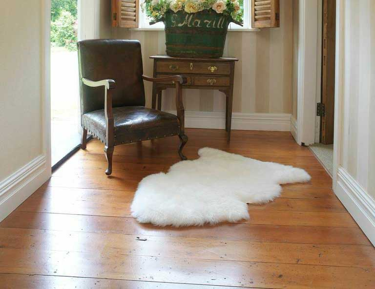 Premium Sheepskin Single Pelt Rug Ivory