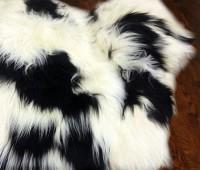 Icelandic Sheepskin Rug Spotted Black and White